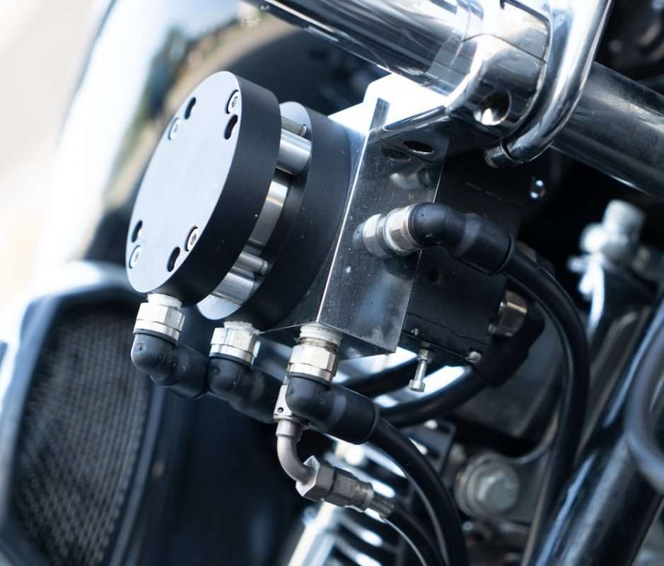 Feather Lever Hydraulic Clutch for Harley
